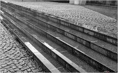 Diagonalen im Regen