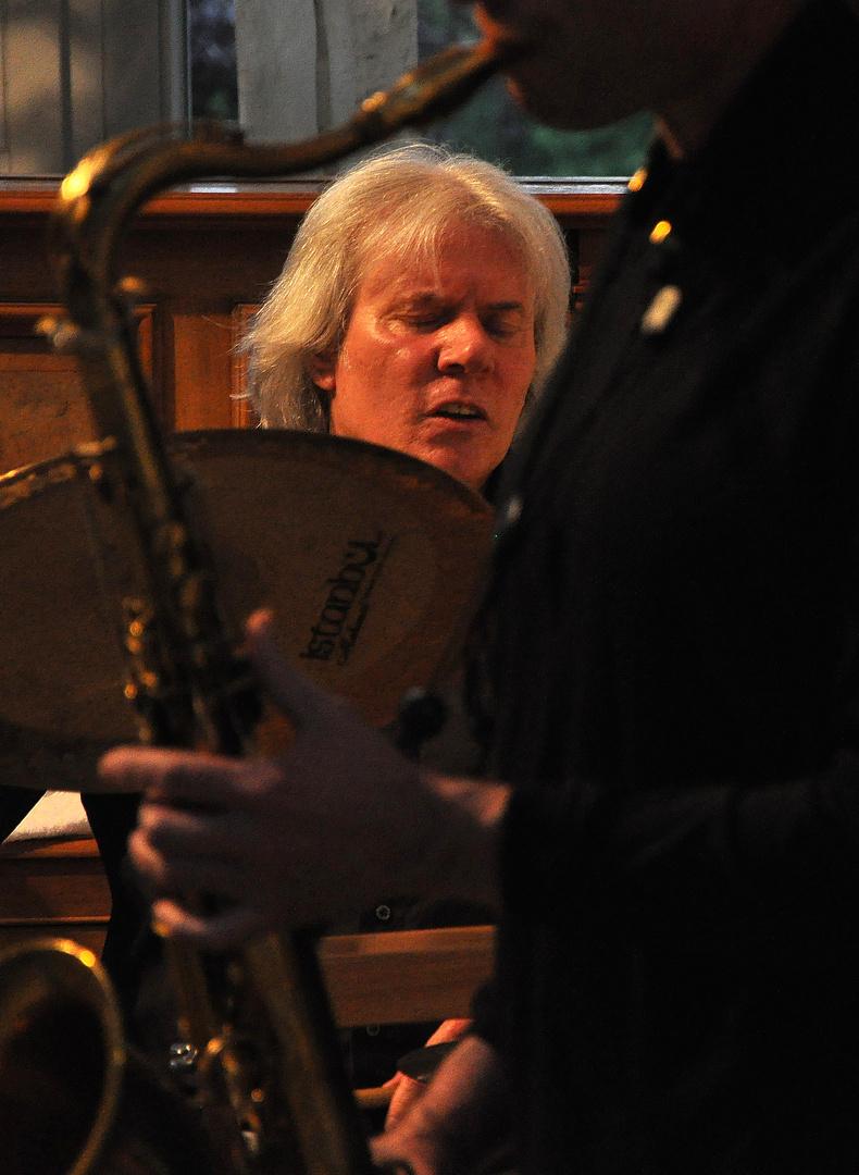 Dicht beieinander, Drums & Saxofon