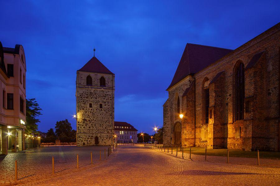 Dicker Turm und St. Bartholomäi in Zerbst