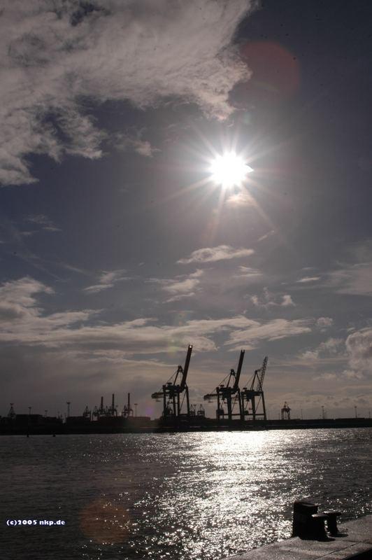 Die 3 Türme im Hamburger Hafen
