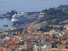 die AIDAsol im Hafen von Funchal