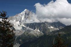 Die Aiguille Verte (4.122 m)...