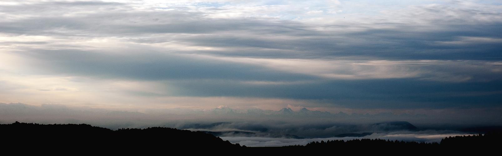 Die Alpen verstecken sich