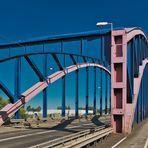 die alte Brücke verbindet wie dazumals nur woanders