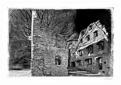 - die alte Burgruine -