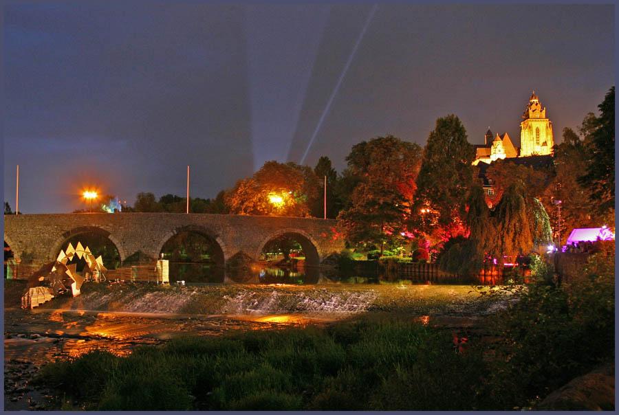 Die Alte Lahnbrücke und der Dom in Wetzlar...