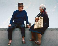 Die Alten auf der Mauer
