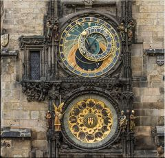 DIE ASTRONOMISCHE UHR IN PRAG