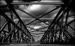 Die Baakenbrücke über den Magdeburger Hafen