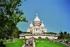 Die Basilique du Sacré-Cœur auf dem Butte Montmartre