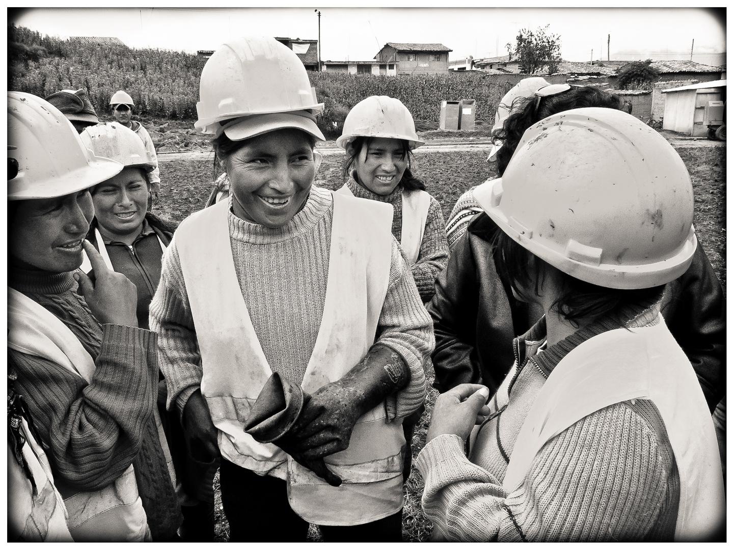 Die Bauarbeiterinnen Von Jauja 3 Foto Bild South America Peru