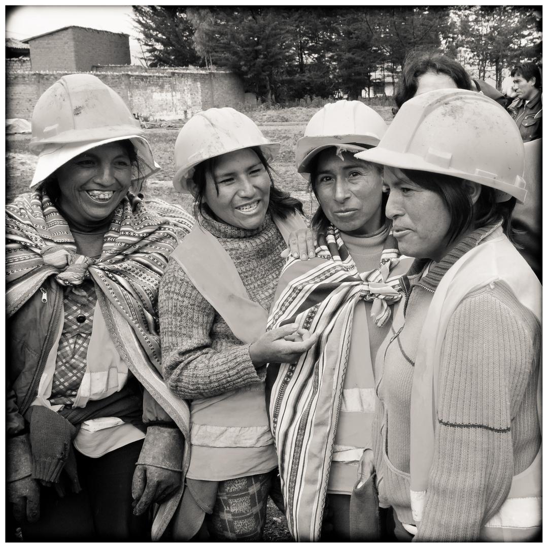 Die Bauarbeiterinnen Von Jauja 4 Foto Bild South America Peru