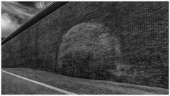 Die Beule in der Wand