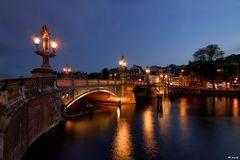 Die Blauwbrug in Amsterdam