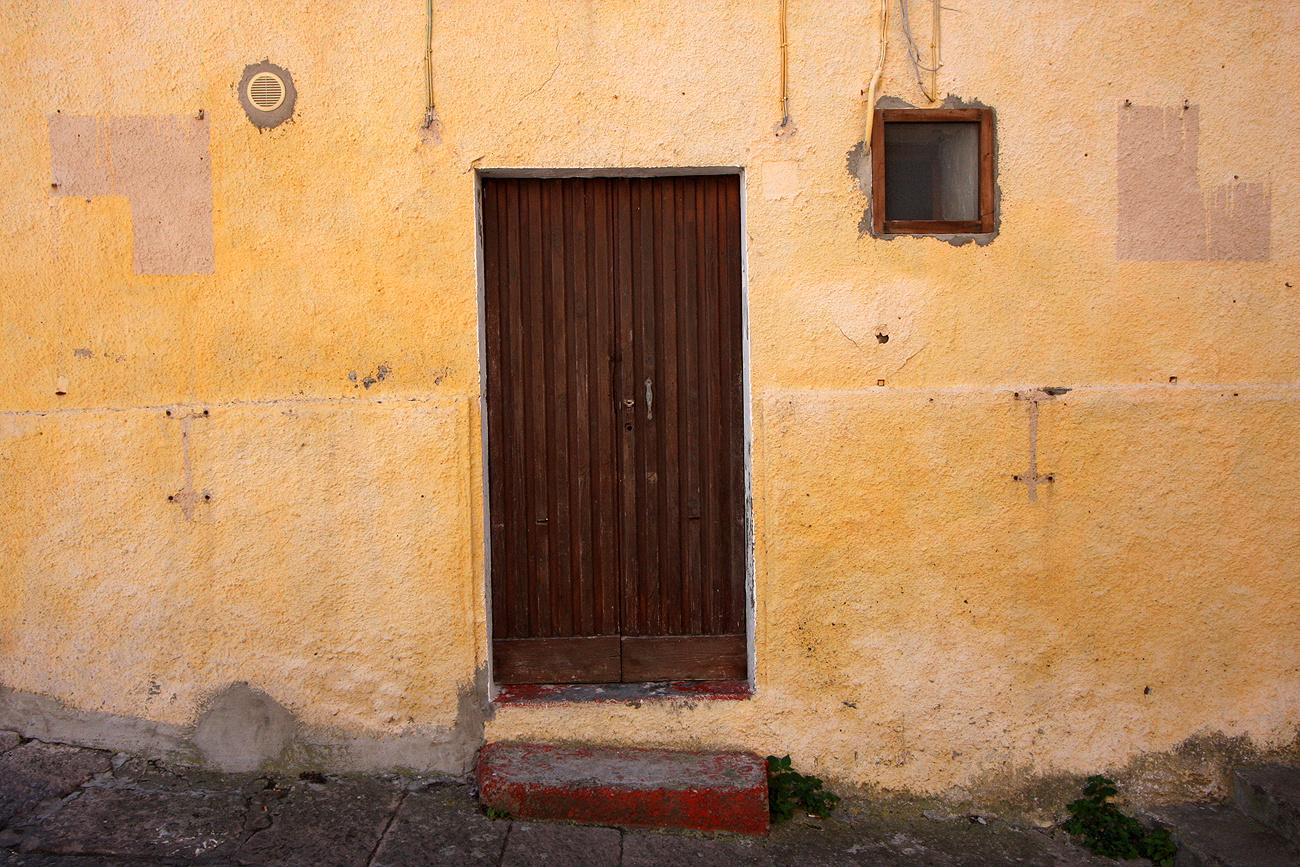 """Die braune Tür"""