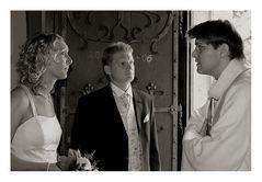 Die Braut lauscht