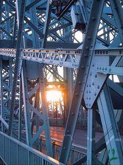 """Die Brücke- """"Blaues Wunder"""" im Abendlicht"""