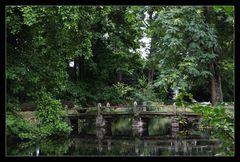 Die Brücke im Schlosspark