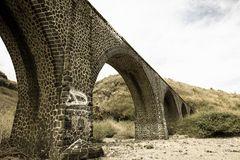 Die Brücke nach Nirgendwo