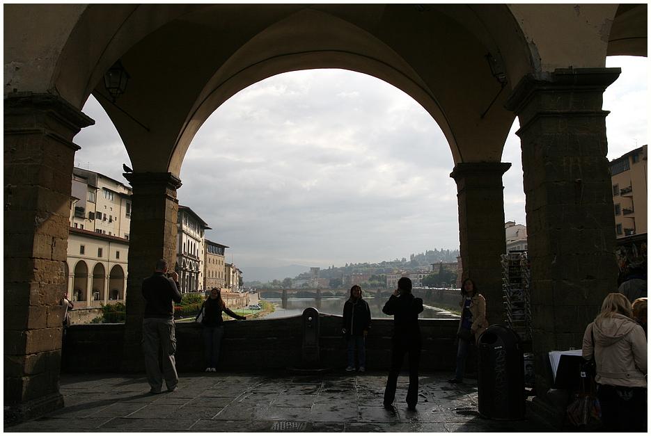 Die Brücke über den Arno