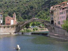 Die Brücke von Dolceaqua