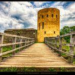 Die Brücke zur Burg
