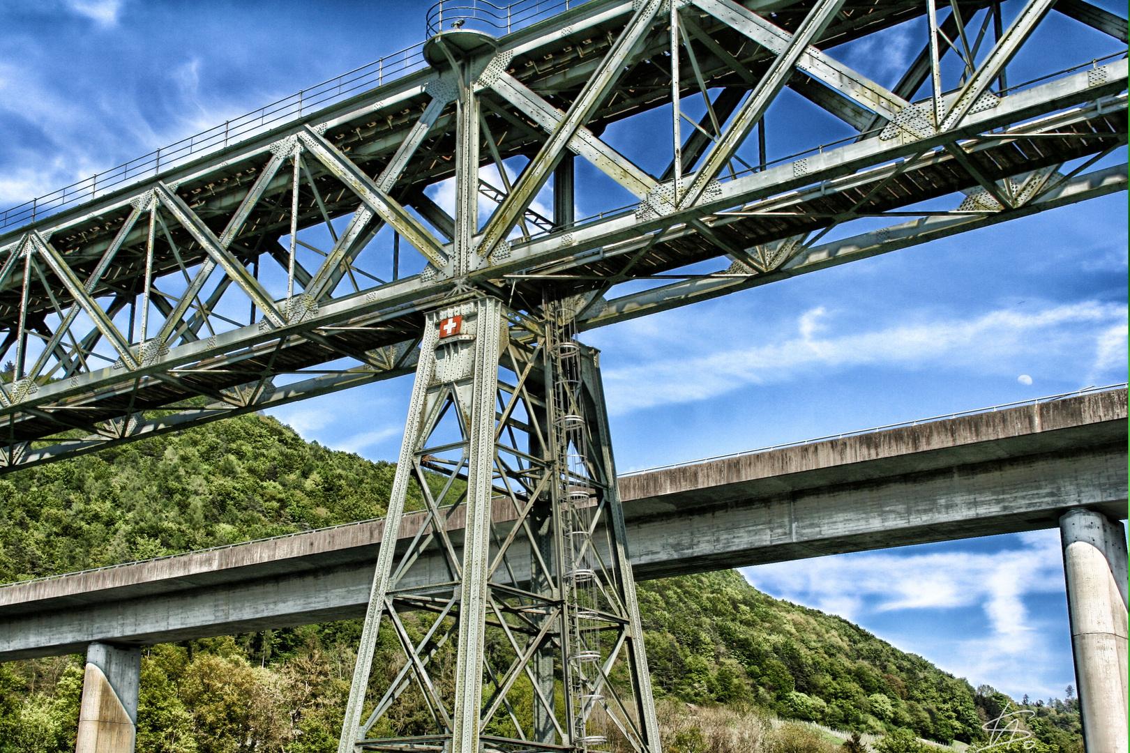 Die Brücken am River Rhein