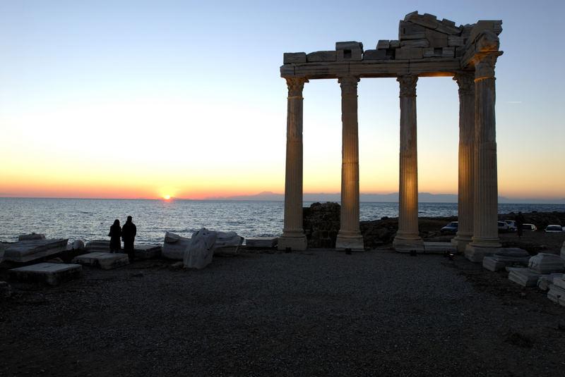 Die Bucht von Antalya bei Side (Apollon Tempel)