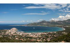 Die Bucht von Calvi Korsika