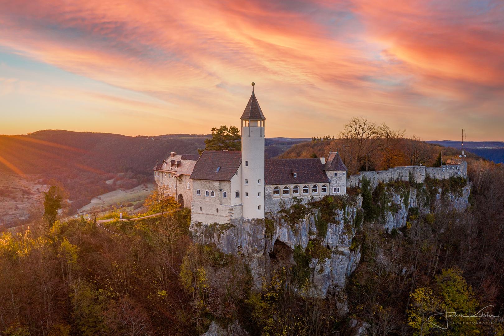 Die Burg Teck am frühen Morgen