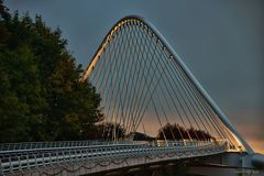 Die Calatrava Brücke, am Bahnhof Liège-Guillemins
