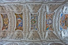 Die Decke von der Klosterkirche Benediktbeuren