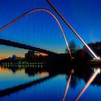 Die Doppelbogenbrücke - Rhein-Herne-Kanal - II