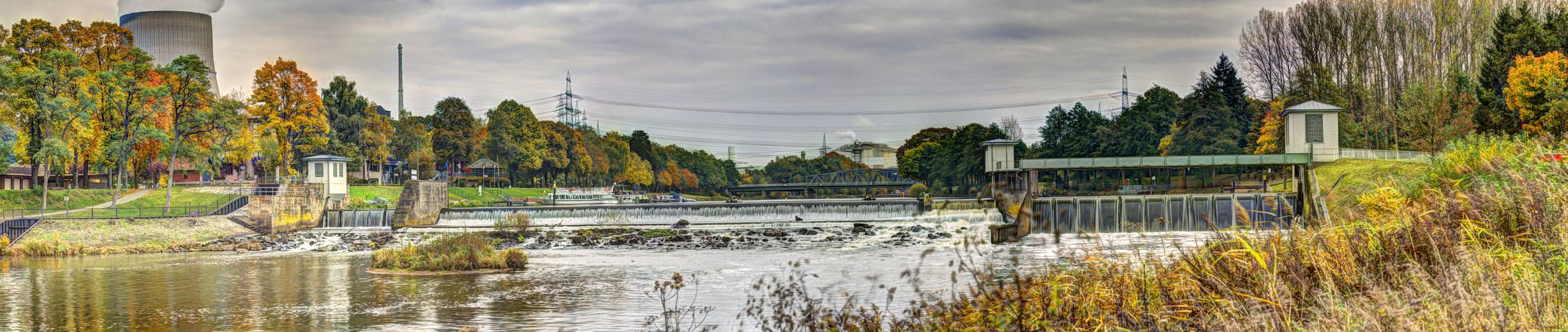 (Die Ems) Am Wasserfall in Hanekenfähr