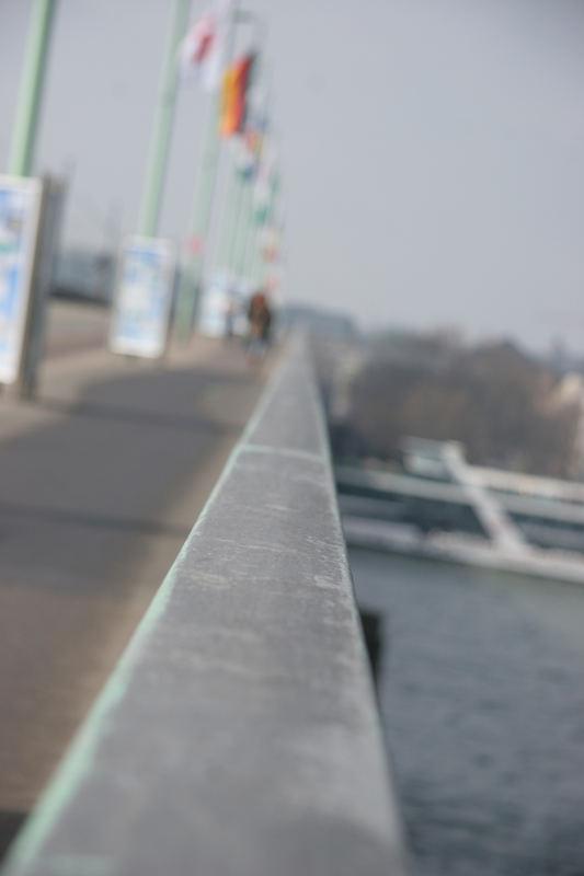 Die endlose Brücke