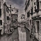 Die engen Gassen von Venedig