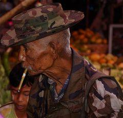 die erfahrung kommt mit den jahren, Pyin Oo Lwin,  burma 2011