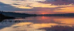… Die Ersten erleben den Sonnenaufgang auf dem See…