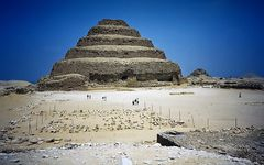die ersten pyramiden von egypten