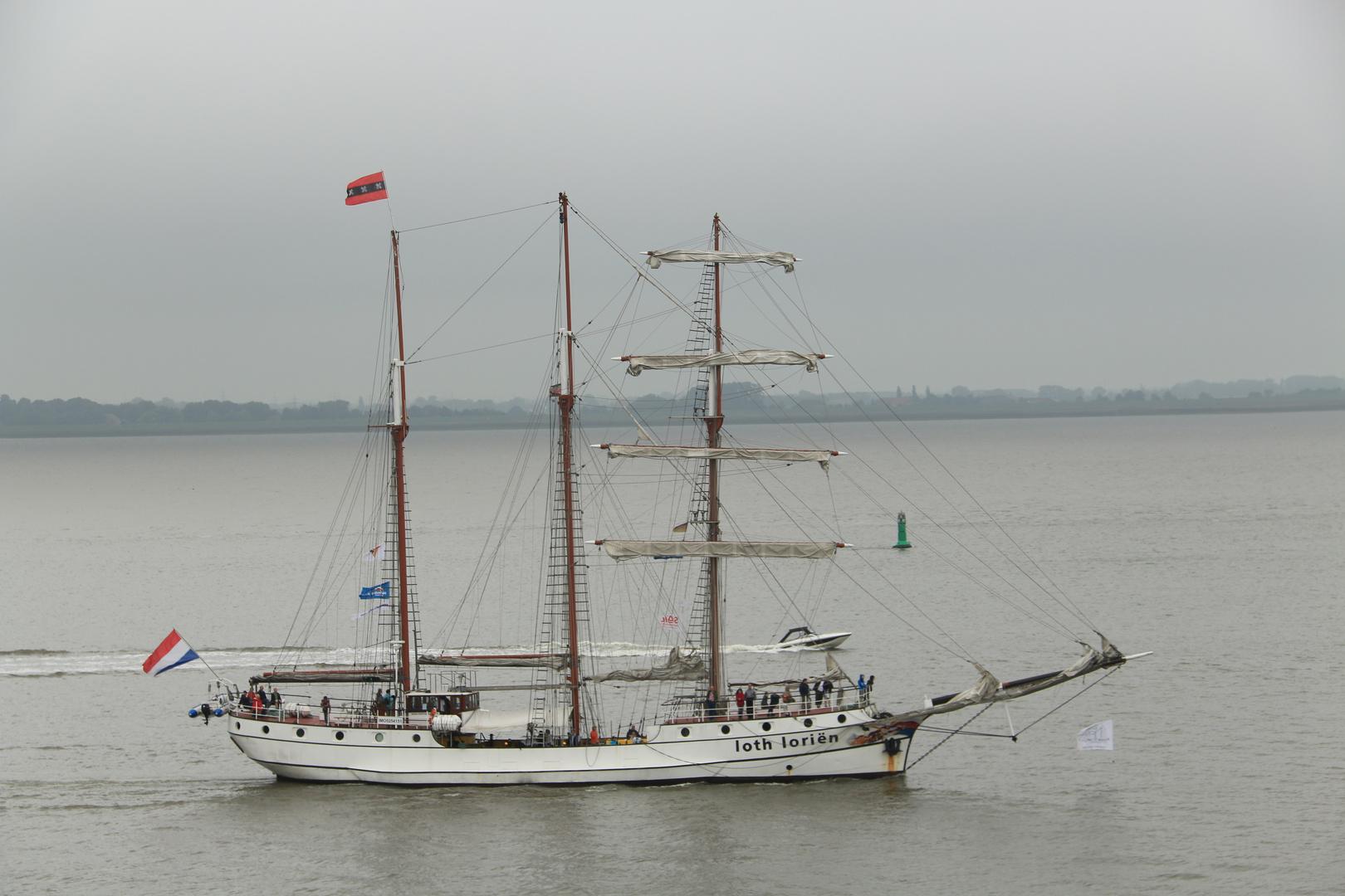 Die ersten Segelschiffe ...
