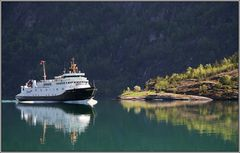 Die Fähre von Hellesylt .. - The ferry boat fom Hellesylt