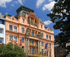 - die Fassaden am Wenzelsplatz ...