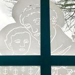 Die Fenster einer kleinen Kapelle