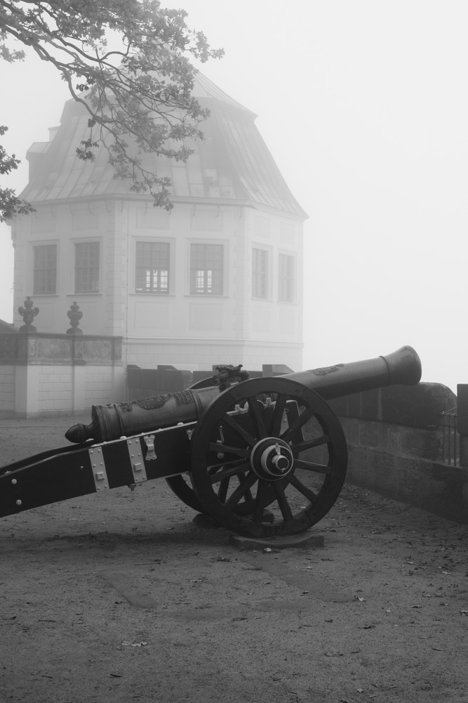 Die Festung im Nebel
