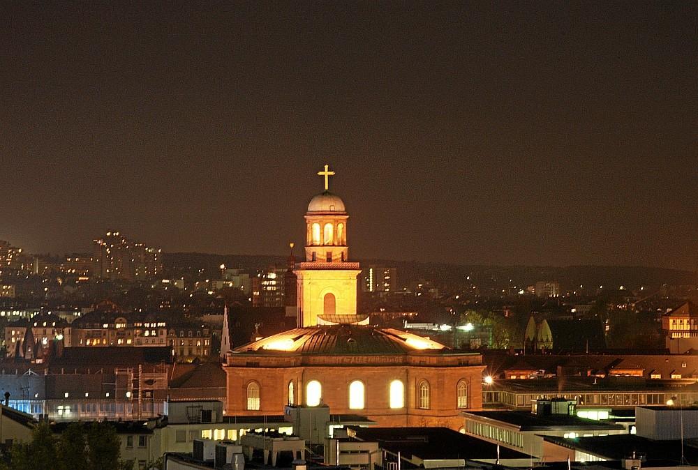 Die Frankfurter Paulskirche bei Nacht