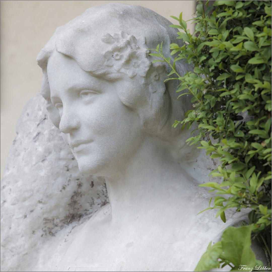 Die Frau in Stein