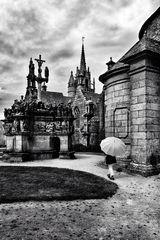 Die Frau mit dem Regenschirm besucht ein Orgelkonzert (78)