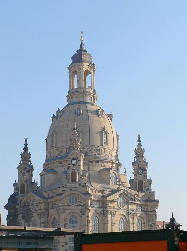 Die Frauenkirche in Dresden erstrahlt in neuem Glanz