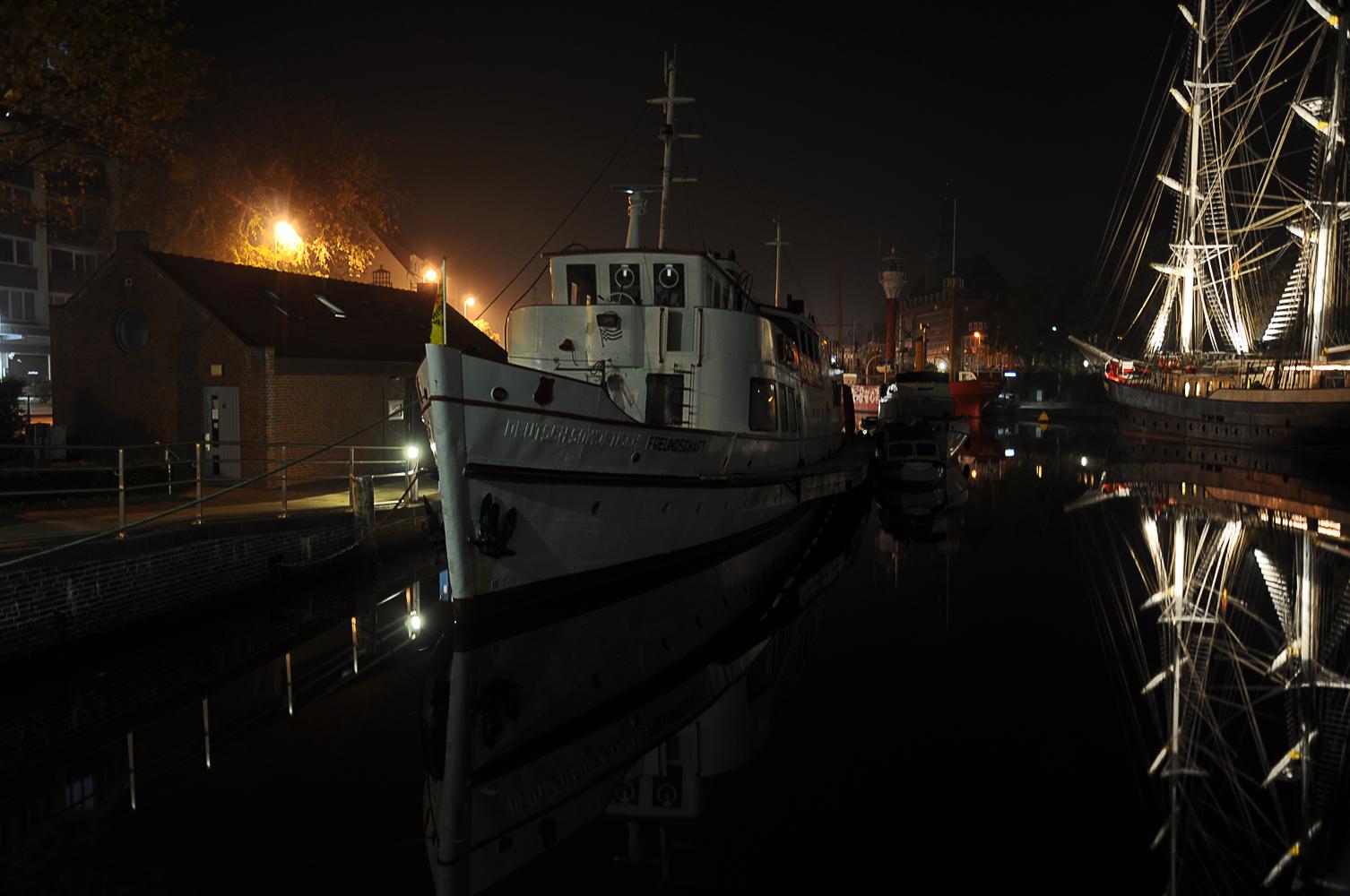 """Die """"Freundschaft"""" im Emder Hafen"""