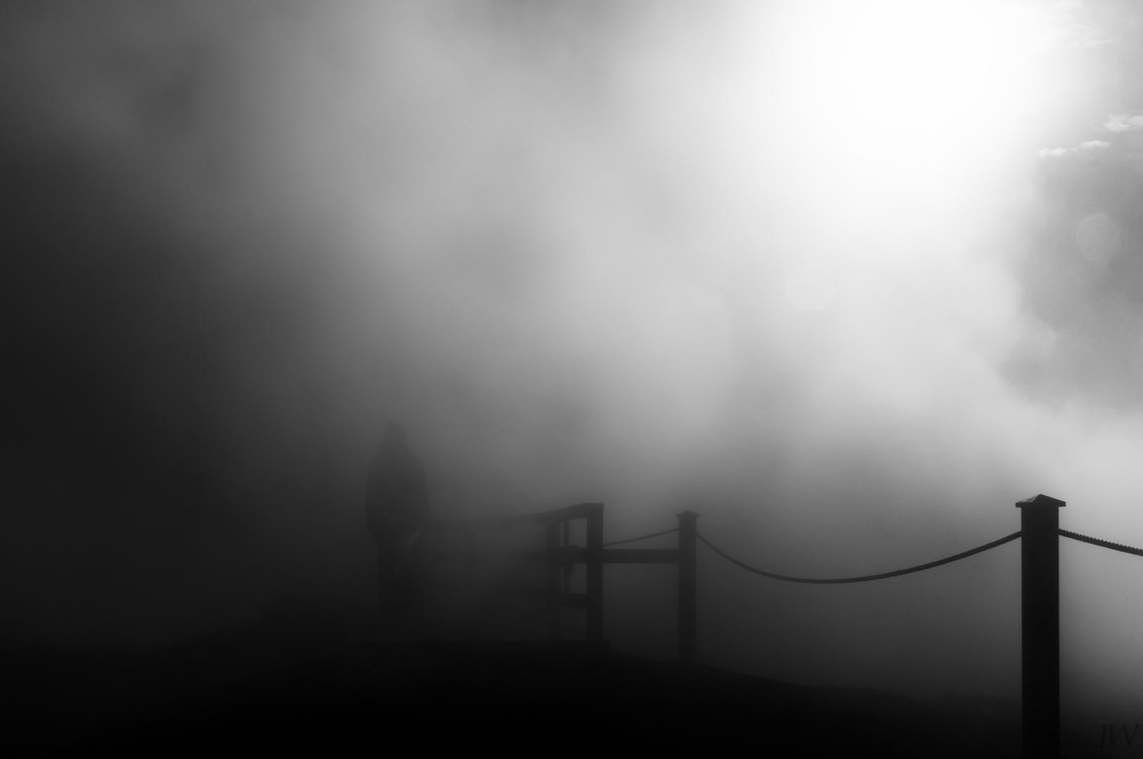 Die Furcht vor schemenhaften Gestalten aus nebligen Gedanken